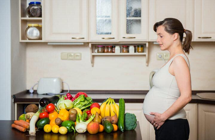 المرأة الحامل : 15 طعام ممنوع في فترة الحمل